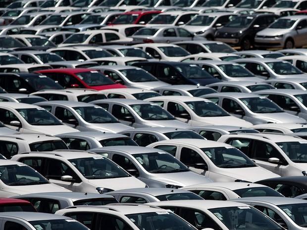 Vendas de automóveis apresentaram queda em julho de 2016